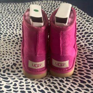 NIB Ugg Toddler Girl boots